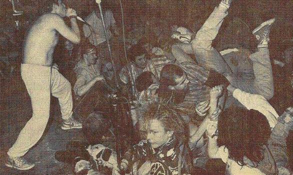 crowd shot (M.D.C.)