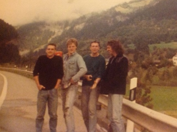 The Abs on tour 1990