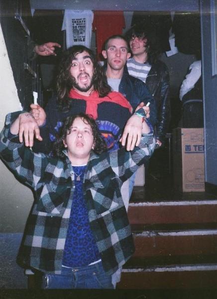 86-06-06 Negazione (Sharphill) band'
