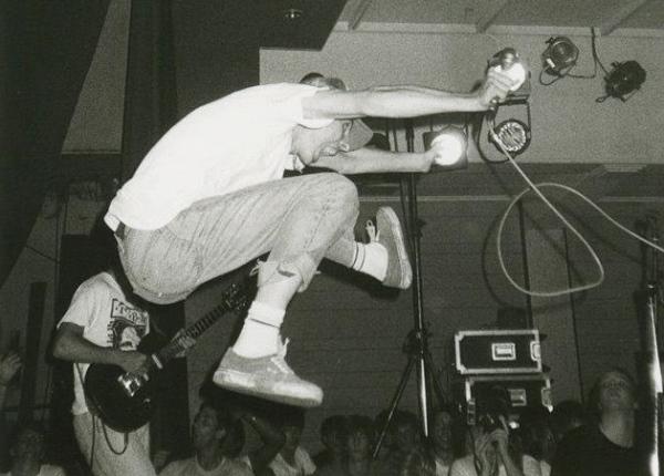 87-08-30 Indigesti Rudy jump (Sharphill) by Onno