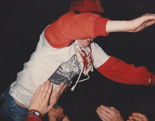 86-06-06-raw-power-stagediver